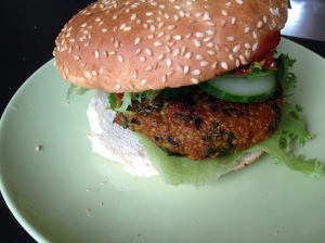 Low fodmap vegan quinoaburger